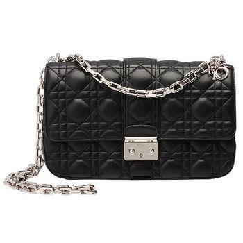 Christian Dior Miss Dior菱格壓紋小羊皮銀鍊斜背包(黑-中)