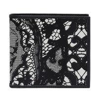 ALEXANDER McQUEEN 蕾絲骷髏頭印花圖案牛皮飾邊對折短夾(黑)