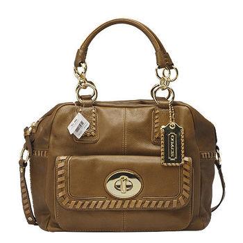 COACH 磁釦口袋真皮編織飾邊二用保齡球包(展示品-焦糖色)