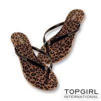 TOP GIRL 亮感豹紋夾腳拖鞋-(共二色)