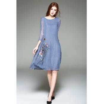 Bubble CoCo 高端優雅刺繡絲質七分袖長洋裝