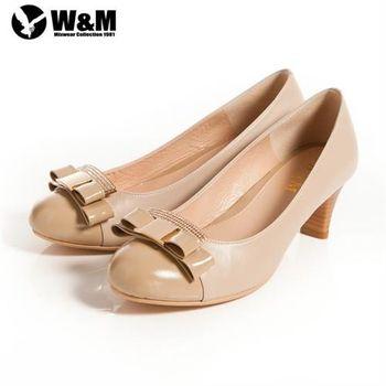【W&M】迷人亮眼亮鑽金屬蝴蝶結舒適透氣軟墊中跟淑女鞋 卡其(另有黑)