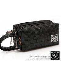 【AJ.亞介】名品風編織  三拉鍊皮革 小包 隨身包 手拿包 二色  (UE8916)