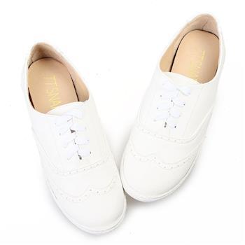 TTSNAP休閒鞋MIT素面牛紋綁帶牛津鞋-簡約白-行動