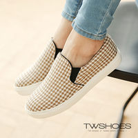 【TOMO】《韓國直送》千鳥格紋休閒懶人鞋(K120A2226)