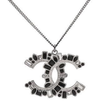 CHANEL 經典雙C LOGO方圓交錯黑水晶X水鑽鑲嵌項鍊(銀)