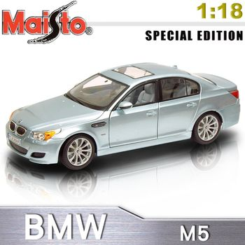 【Maisto】BMW M5《1/18》合金模型車-銀色