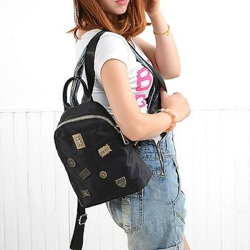 【Acorn*橡果】復古徽章牛津布防水後背包65430(黑色小款包)
