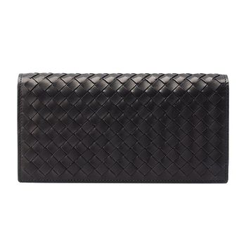 BOTTEGA VENETA 經典羊皮編織掀蓋萬用長夾(黑色)