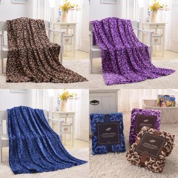 【yummyti】冬天必备多用途法兰绒随行毯一入--三色任选