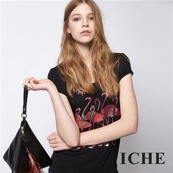 ICHE 衣哲 時尚紅鶴印花造型T恤上衣 兩色