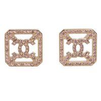 CHANEL 香奈兒經典CC LOGO水鑽鑲嵌方形簍空造型穿式耳環(亮金)