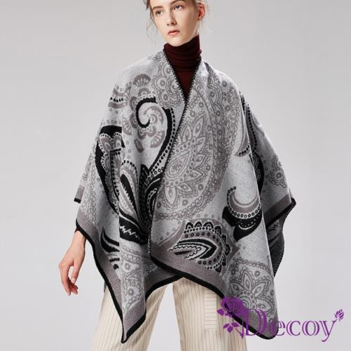 【Decoy】纏綿思想*圖騰加大保暖斗篷式披肩/灰
