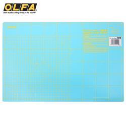 日本OLFA雙色雙面拼布墊RM-IC-C防滑裁切墊A3切割墊(厚0.15mm;2種尺規)割布墊美工作墊裁縫墊縫紉墊子