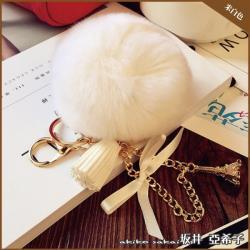 【Akiko Sakai坂井亞希子】時尚巴黎鐵塔造型毛球蝴蝶結流蘇鑰匙圈