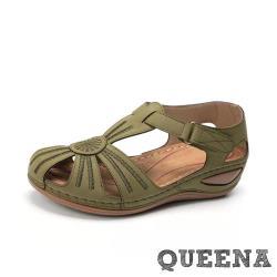 【QUEENA】復古個性繡線縷空造型包頭舒適坡跟羅馬涼鞋 綠
