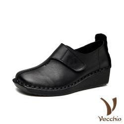 【Vecchio】真皮頭層牛皮復古魔鬼粘拼接造型舒適坡跟休閒鞋 黑