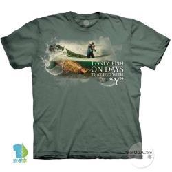 摩達客-美國進口The Mountain 釣魚人生 純棉環保藝術中性短袖T恤