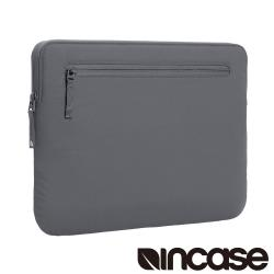 【Incase】Compact Sleeve with Bionic 16吋 筆電保護內袋 / 防震包 (鋼鐵灰)
