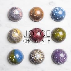 Joyce巧克力工房 星球系列巧克力禮盒(半圓款9顆入)