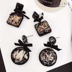 《Caroline》★韓國熱賣造型時尚.絢麗閃亮動人,優雅性感耳環70118