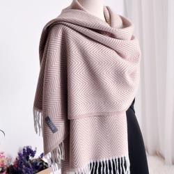 【Emi艾迷】最新奶茶色系水波紋流蘇溫暖仿洋絨圍巾披肩