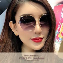 《Caroline》年度最新網紅款潮流百搭抗UV時尚太陽眼鏡 71930