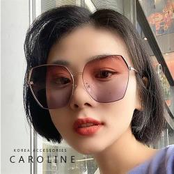 《Caroline》年度最新網紅款潮流行百搭抗UV時尚太陽眼鏡 72563