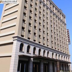 台南【富信大飯店】1泊1食雙人平(平日升等雅緻家庭房)