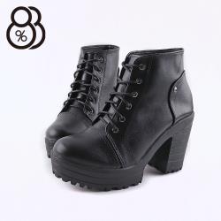 【88%】前3.5後9.5CM短靴 MIT台灣製 率性百搭 筒高10CM皮革綁帶圓頭粗跟靴