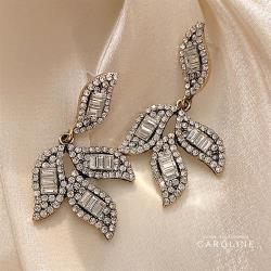 《Caroline》S925銀針氣質超仙百搭樹葉鋯石顯臉瘦感耳環72209