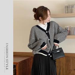 【GF 快時尚】氣質V領排扣毛衣 (F)