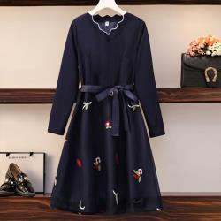 【韓國K.W.】(預購) 小南法唯美V領繡花洋裝