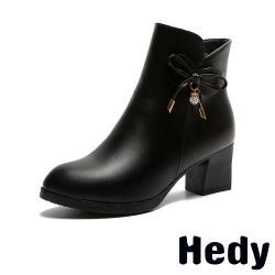 【Hedy】優雅美鑽蝴蝶結防潑水時尚粗跟短靴 黑