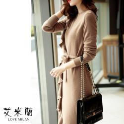 【艾米蘭】韓版圓領側荷葉邊綁帶毛衣洋裝 (S~XL)