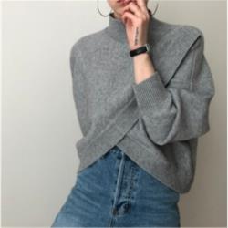 半高領交叉不規則寬鬆純色套頭長袖針織毛衣