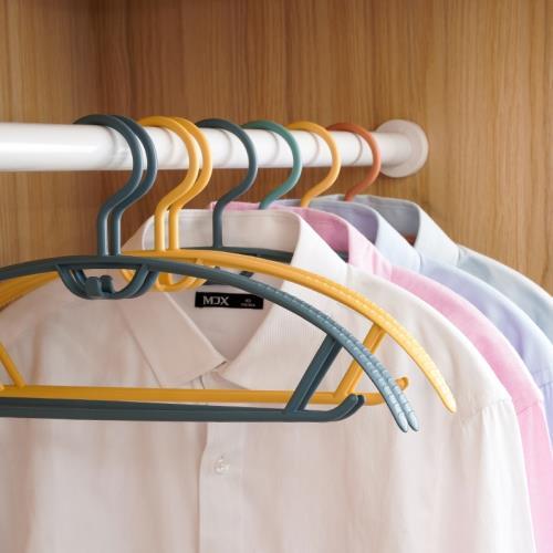 IDEA 30入-弧形無痕防滑疊掛晾曬衣架