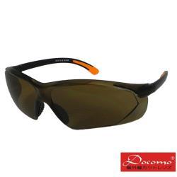 【Docomo】高等級安全防護護目鏡 質感茶褐色鏡片 彈性止滑腳架設計 超強服貼 加贈眼鏡保護布套