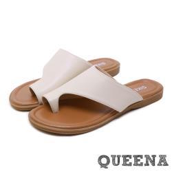 【QUEENA】經典個性簡約皮面夾趾舒適平底羅馬拖鞋 白