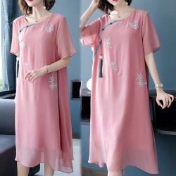 韓國K.W. 獨家款時尚穿搭中國風刺繡洋裝