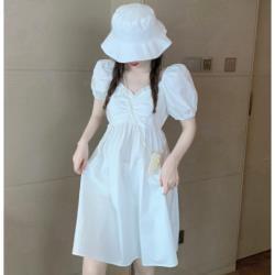 泡泡袖短裙