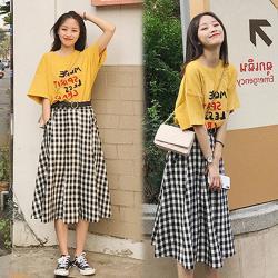 【韓國K.W.】(預購) 清新文字格紋套裝裙