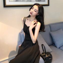 Sexy Devil-性感細肩帶時尚黑曼妙修身洋裝S-XL