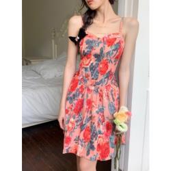 碎花花朵吊帶無袖連衣裙