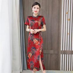 REKO-富貴紅中國風花卉盤扣開衩旗袍洋裝L-4XL