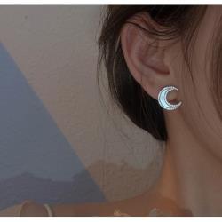 925純銀貝殼月亮女耳釘