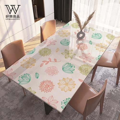 好物良品-PVC防油水隔熱桌墊《幸福花卉》60×120cm