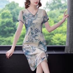 REKO-氣質古典刺繡輕薄改良旗袍洋裝L-4XL(共二色)