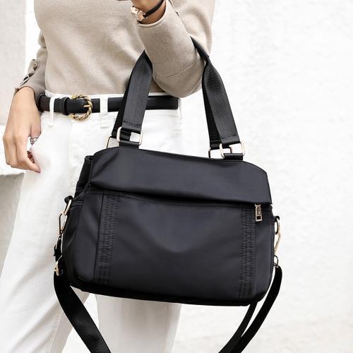 Acorn*橡果-新款多隔層防水包斜背包手提包側肩包水餃包6526(黑色)
