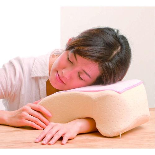 低反彈多功能午睡枕